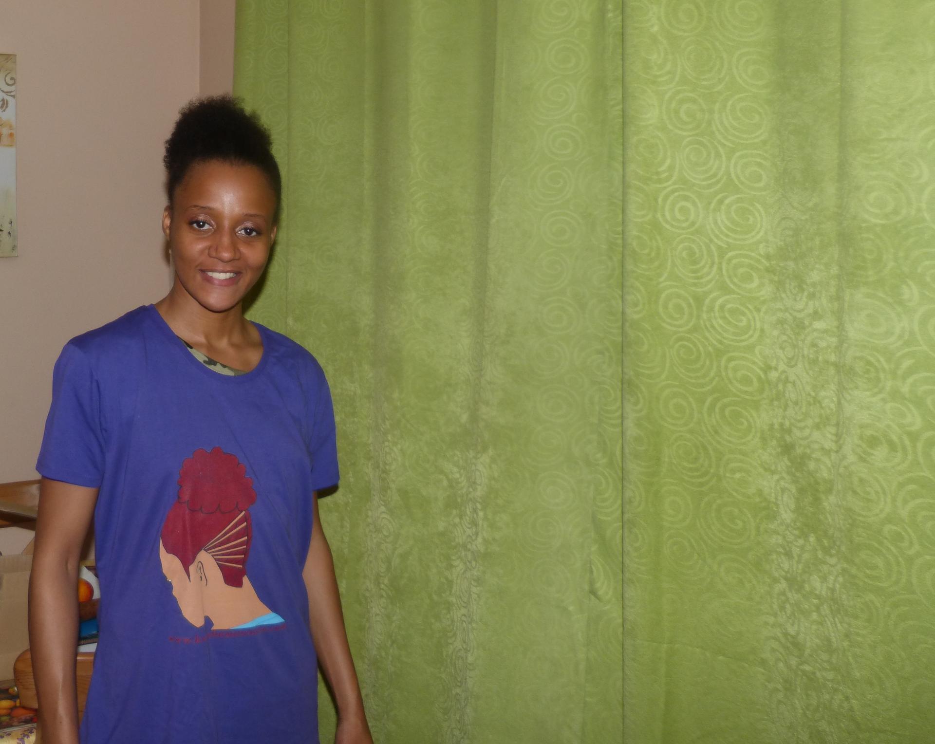 T shirt violet