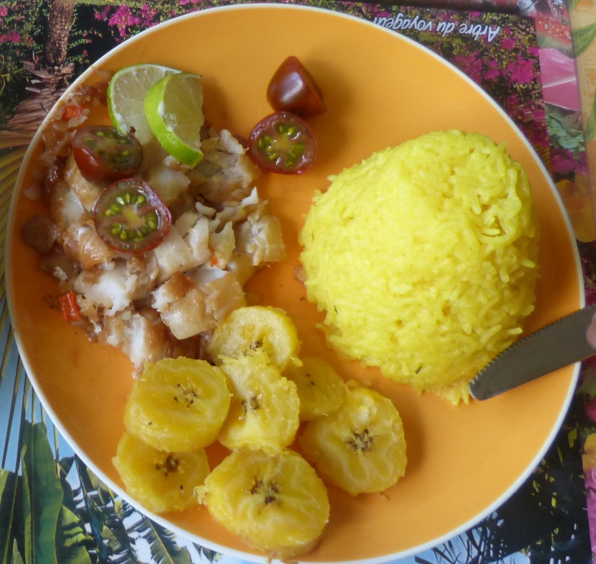 Banane jaune riz safrané et cabillaud
